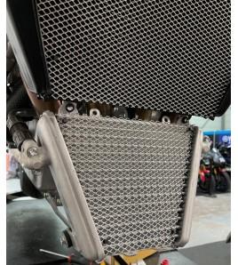 Grille de protection de radiateur d'huile Honda CBR 1000 RR-R / SP   CMS Motostore